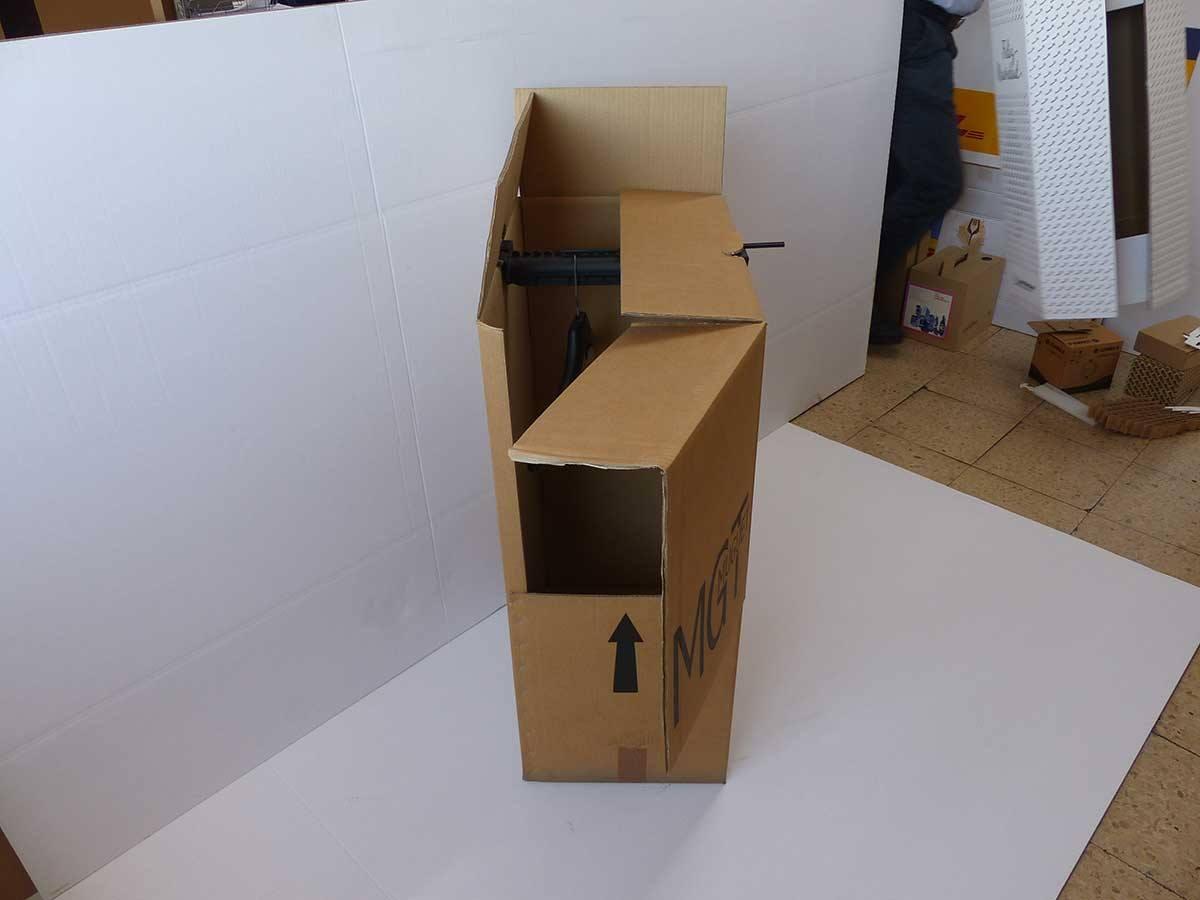 Cajas armario para envío de ropas